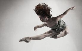 Jessica Dunn, Invertigo Dance Theatre company member